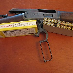 MARLIN 1893 LEVER ACTION RIFLE 25X36 (25X35 WIN.)